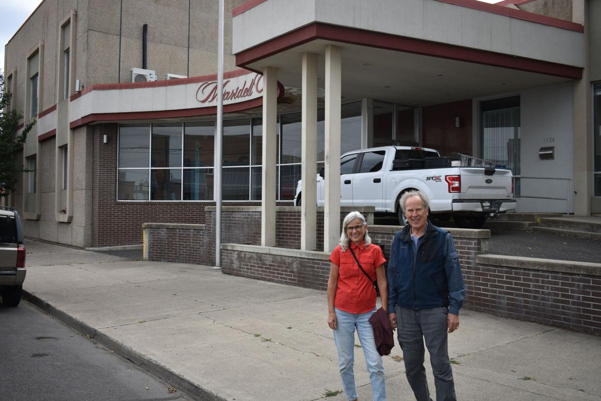 Jeanne and David Williamson