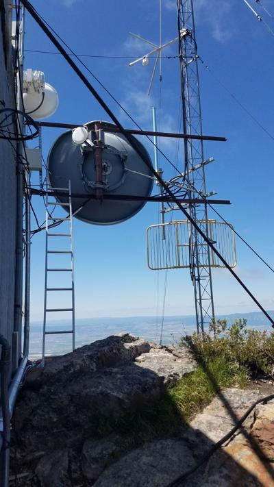 Mount Fanny transmitter.jpg