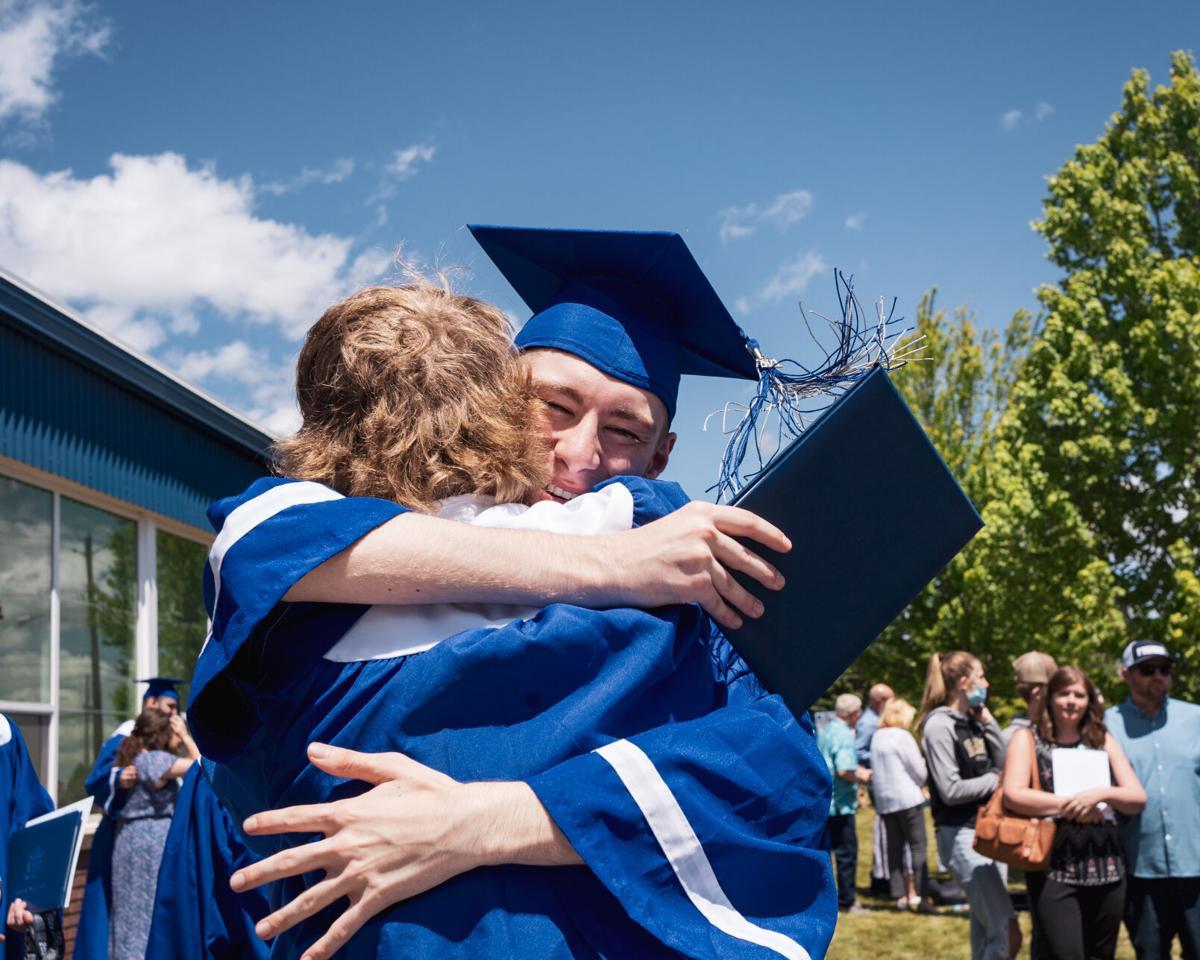 Graduation 2021: La Grande 1