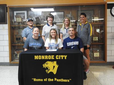 Kauble signs with Columbia College