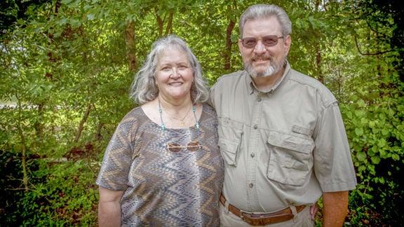 Our Town couple hybridizes unique daylilies