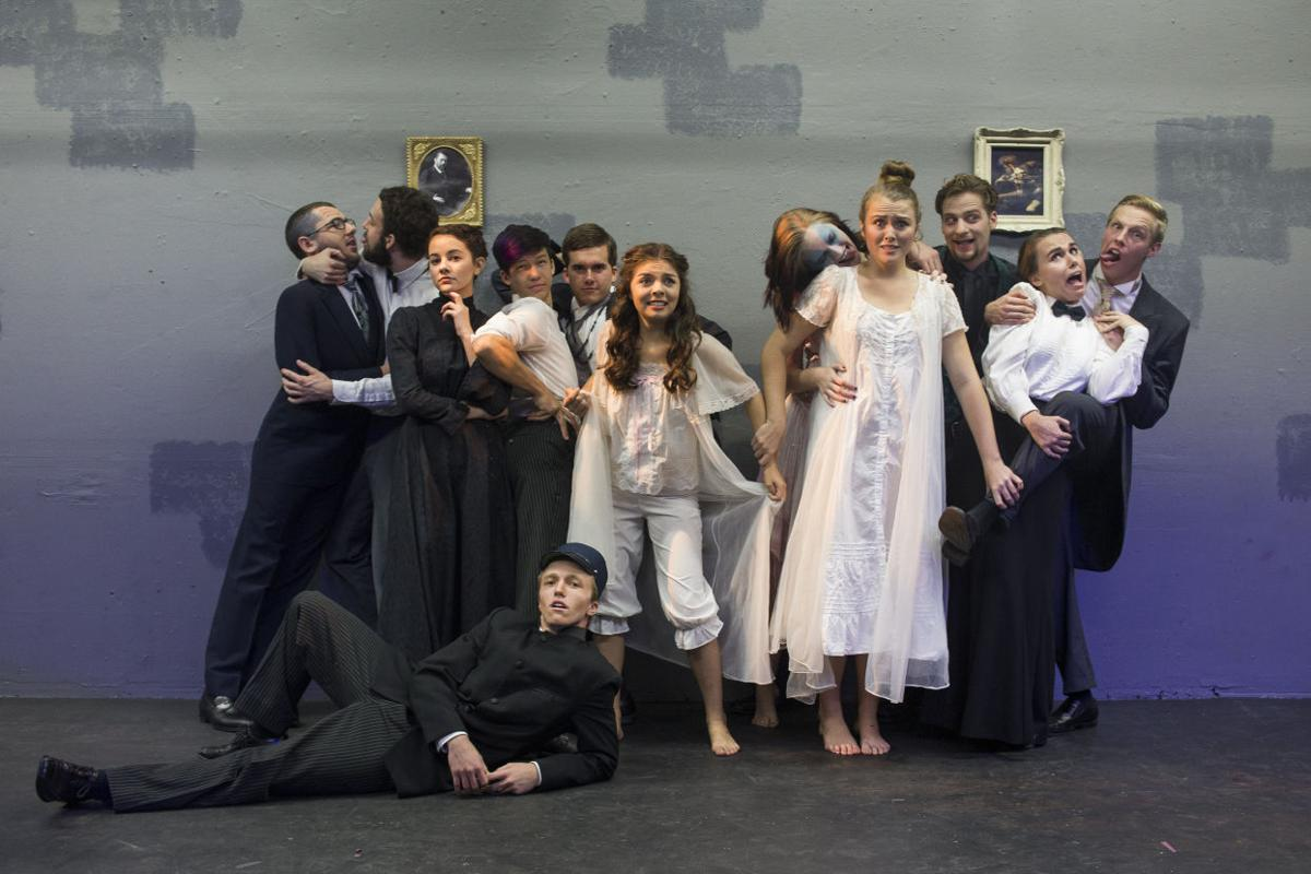 Dracula Cast Photo