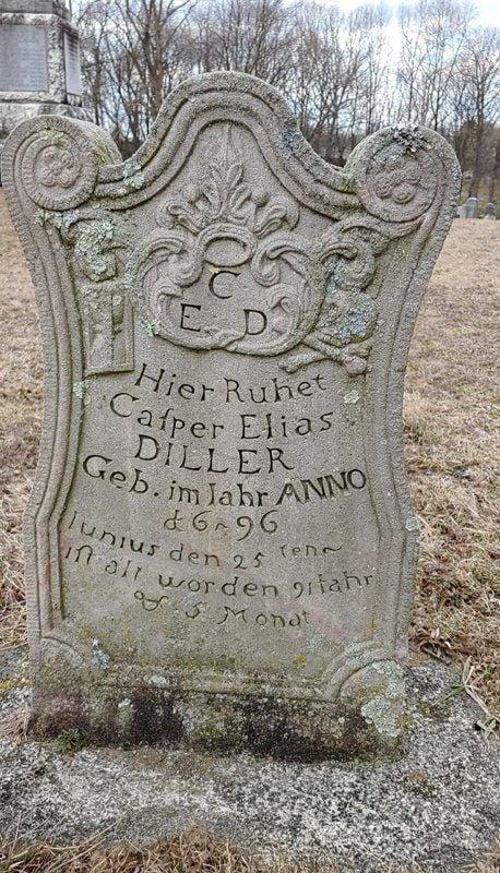 gravestone-hist01.jpg