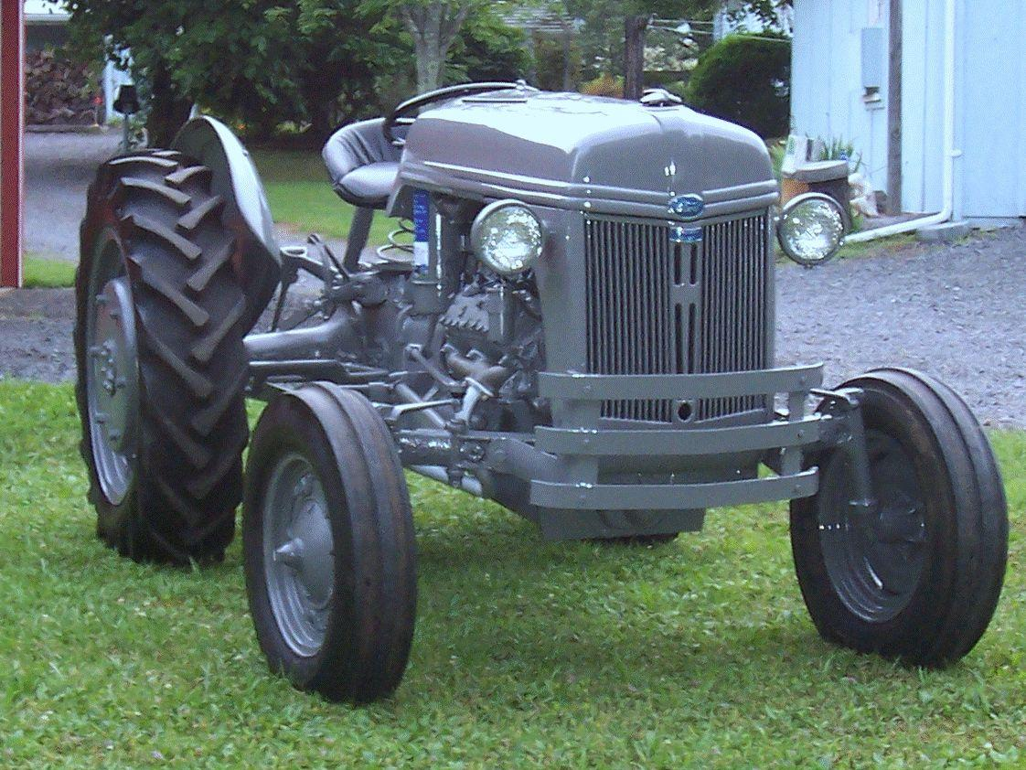 1942 Ford Model 2N