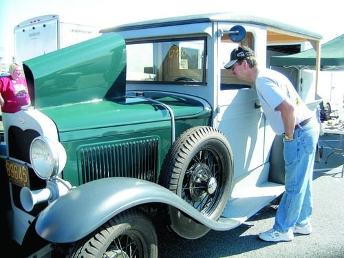 Antique Trucks Stand Out At Hershey Car Show Main Edition - Hershey antique car show