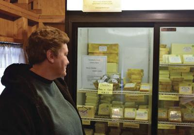 Christmas Sales Keep Folks Busy at Conebella Farm