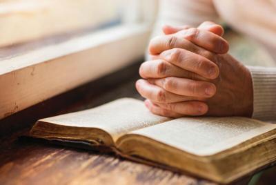 bible-praying.tif