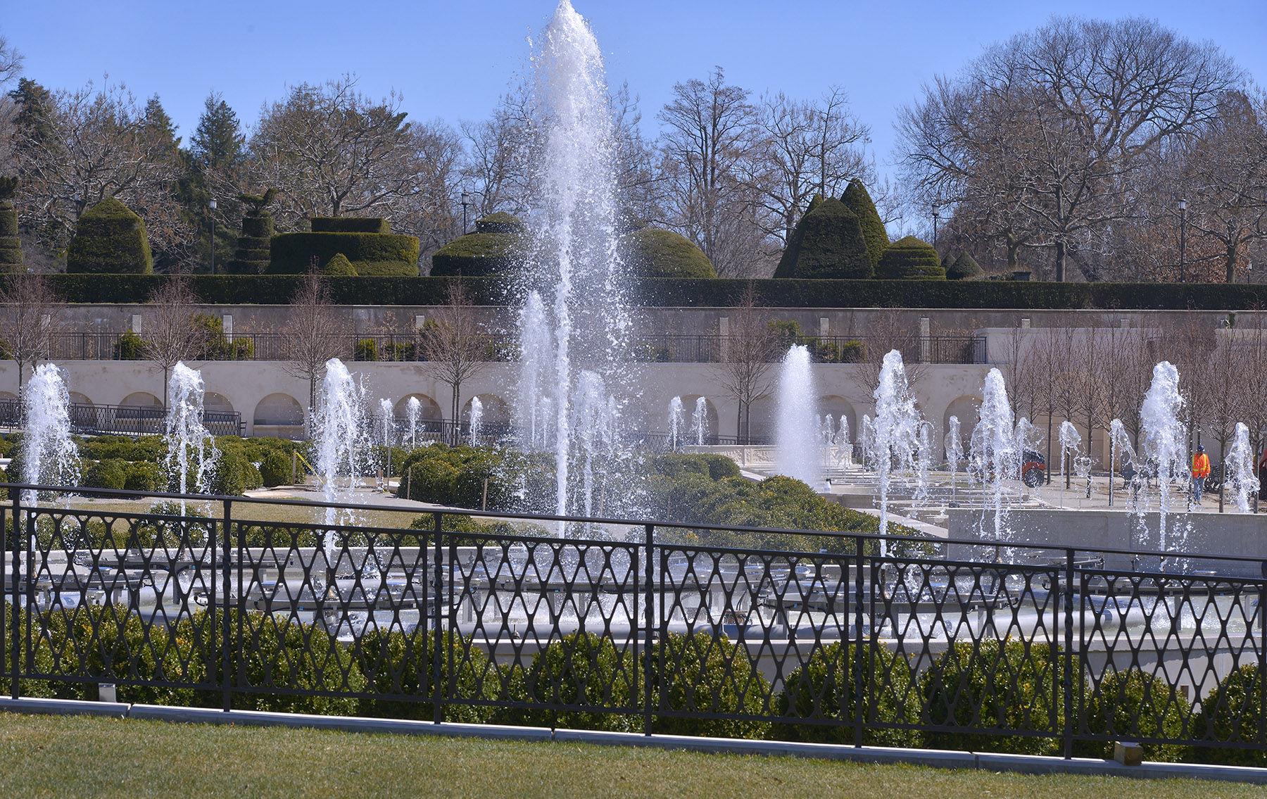Fountain Garden 11