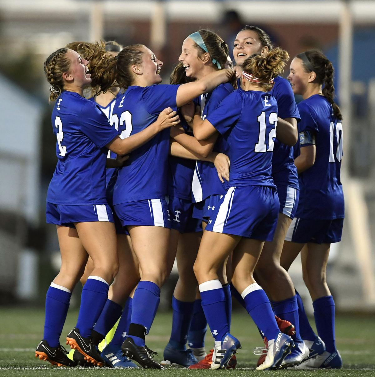 Elizabethtown Vs Penn Manor Girls Soccer Lancasteronline Com