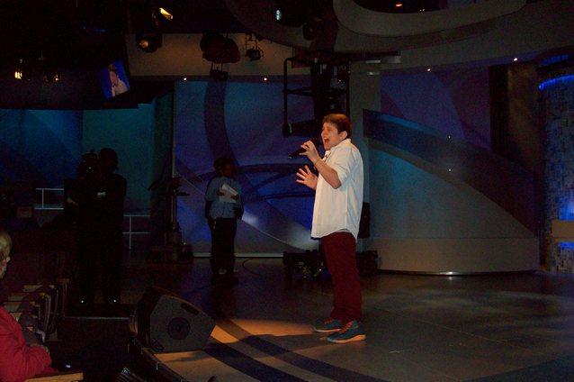 Lititz' Sebastian Janoski will sing Tuesday on Katie Couric's show