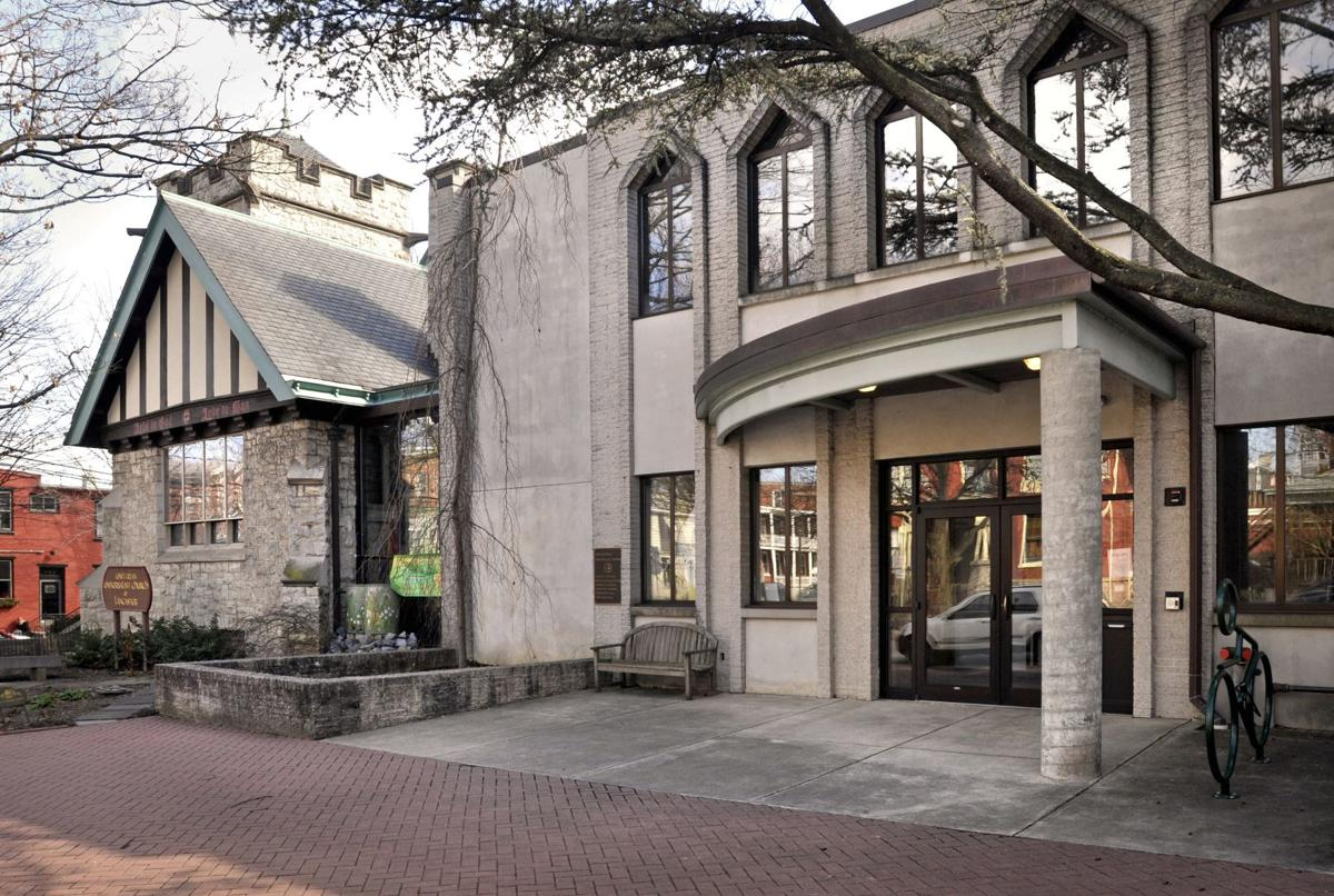 Shown is theUnitarian Universalist Church of Lancaster at 538 W. Chestnut St.