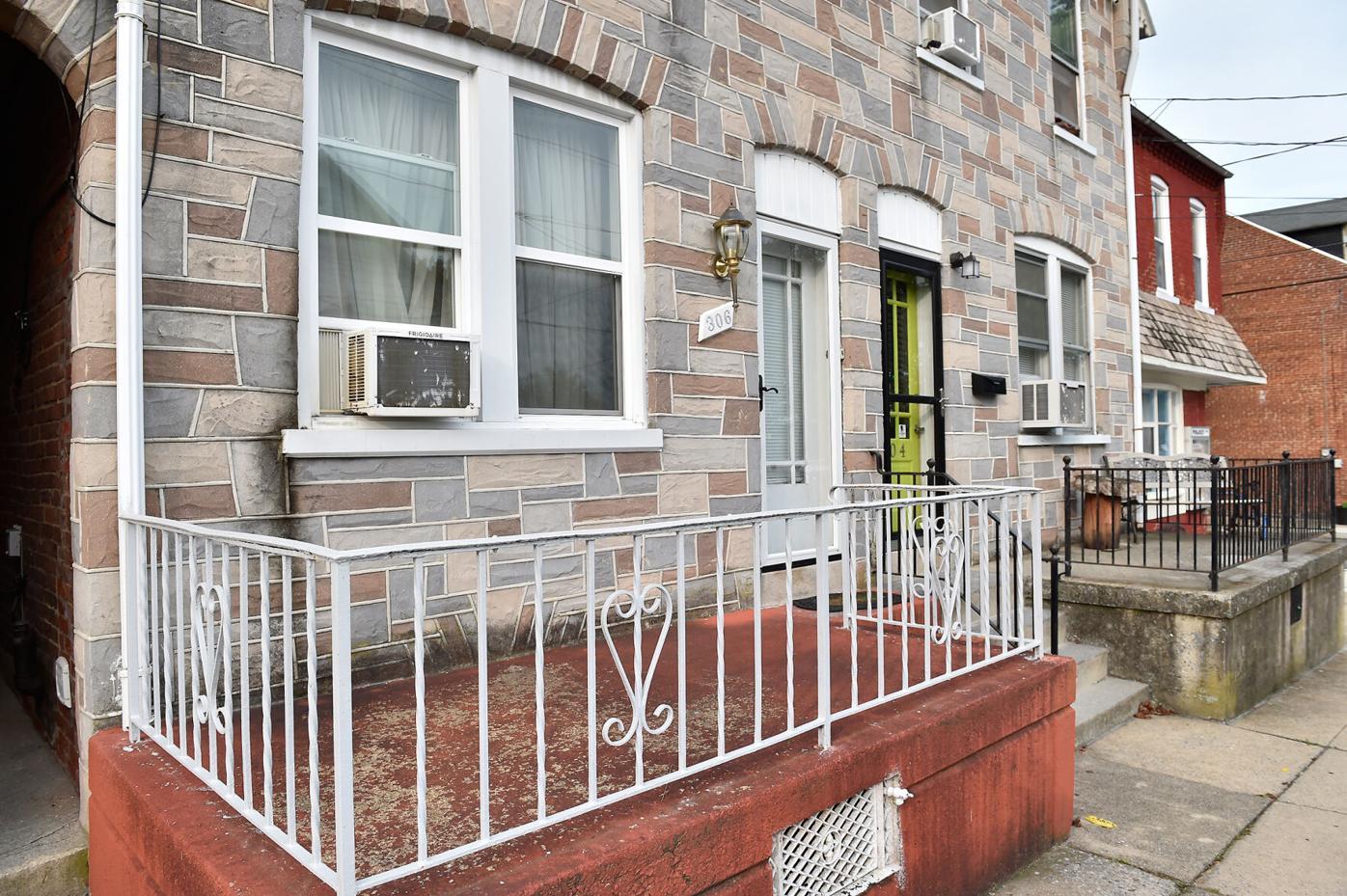 Laurel Street 1.jpg
