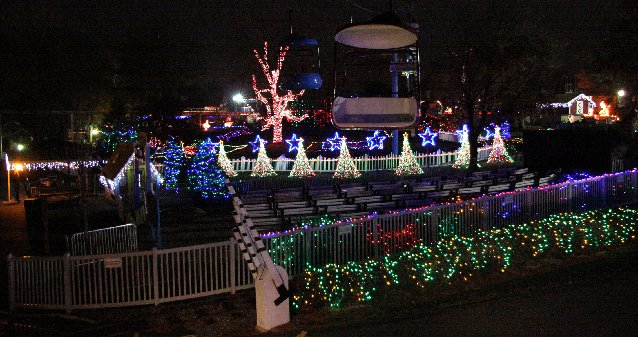 maintenance man designs syncopated 100000 light display for the holidays at dutch wonderland it all started in his brunnerville front yard