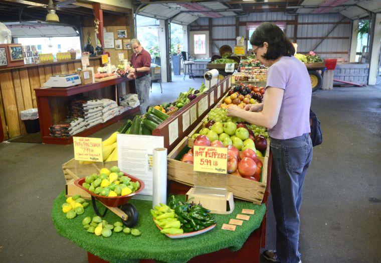 Brook Lawn Farm Market 4.jpg