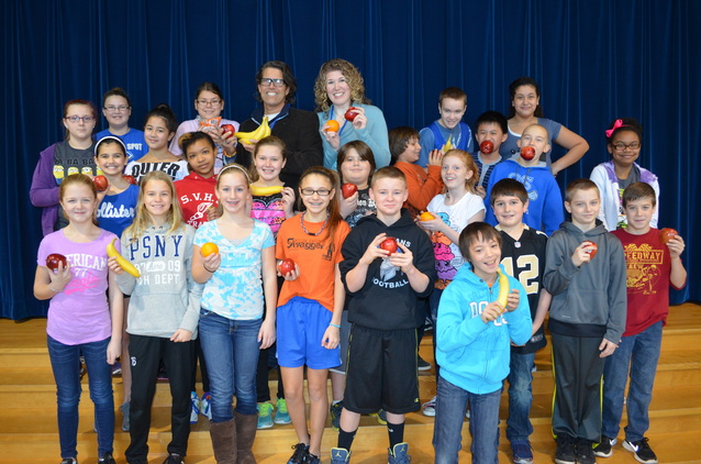 donation means healthy snack for new holland 6th graders