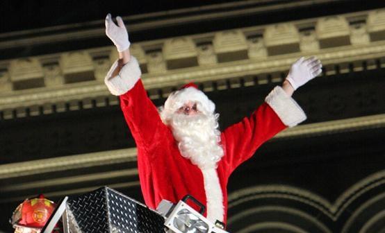 Tuba Christmas lights up Penn Square