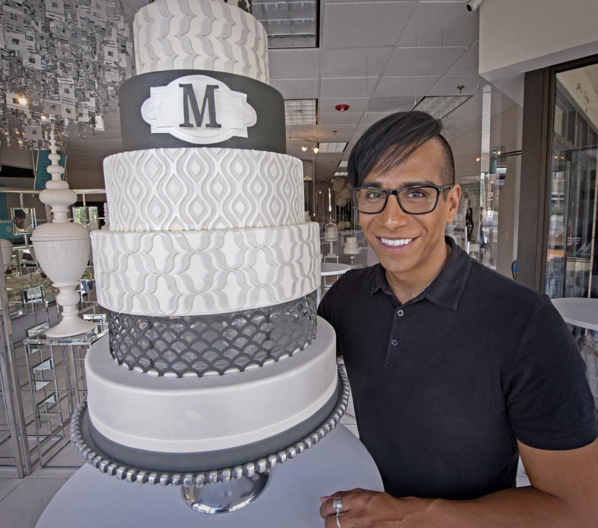 Decorating Cakes For Weddings Special Occasions Evolves In Size