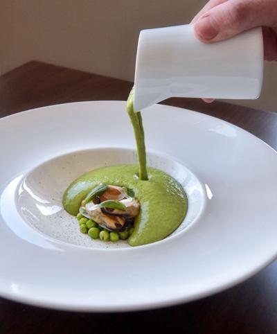 Green food pea soup