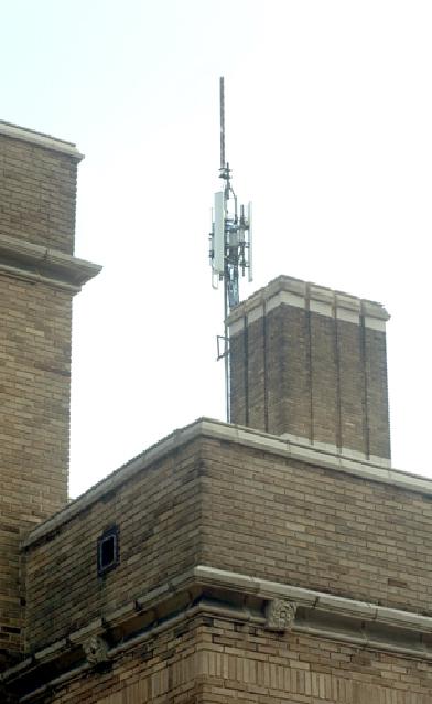 Antennas help SDL make some extra money
