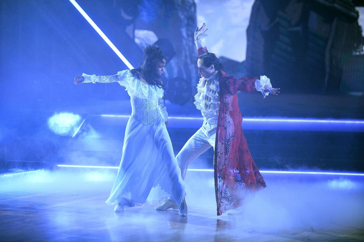 Johnny Weir waltz 2 Dancing With the Stars