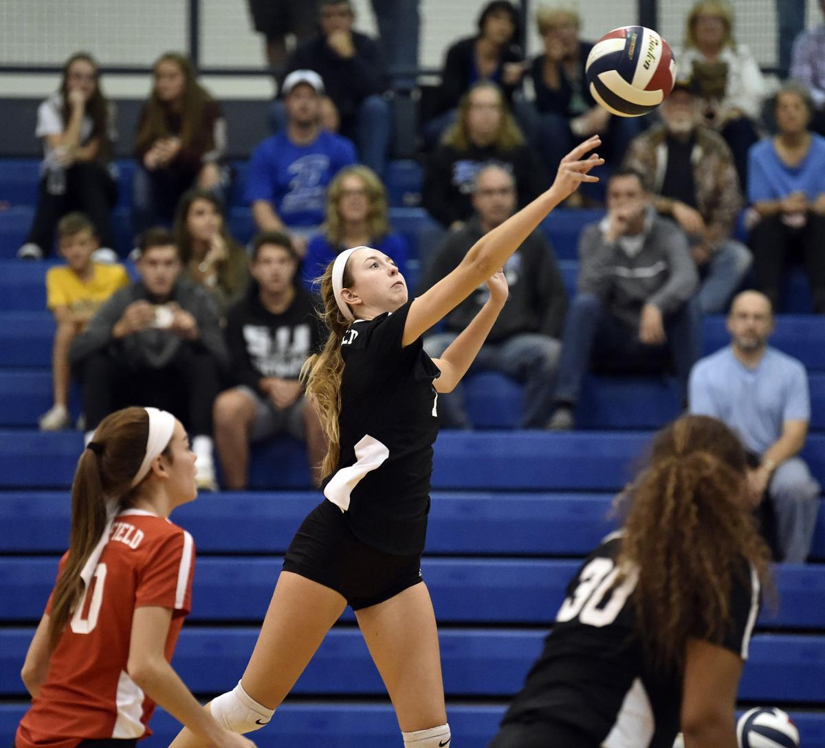Hempfield vs Elizabethtown-LL Girls Volleyball