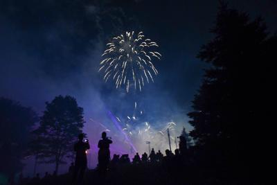 Lititz Fireworks 070419-24.jpg