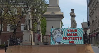 COVID-19 mask sign Solder Sailors monument