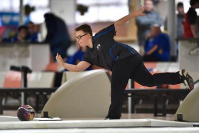 Cedar Crest's Bennett wins state bowling title | Bowlng
