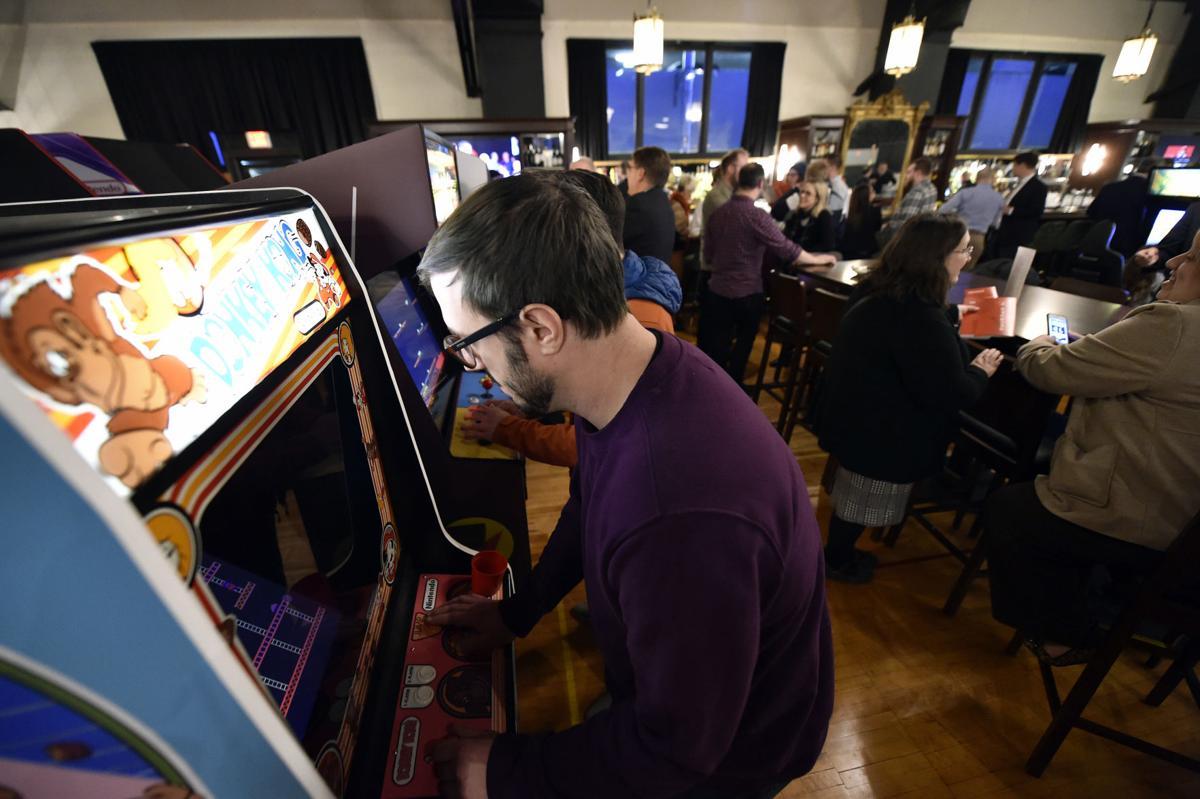 Decades Restaurant, Bar, Arcade and Bowling Alley
