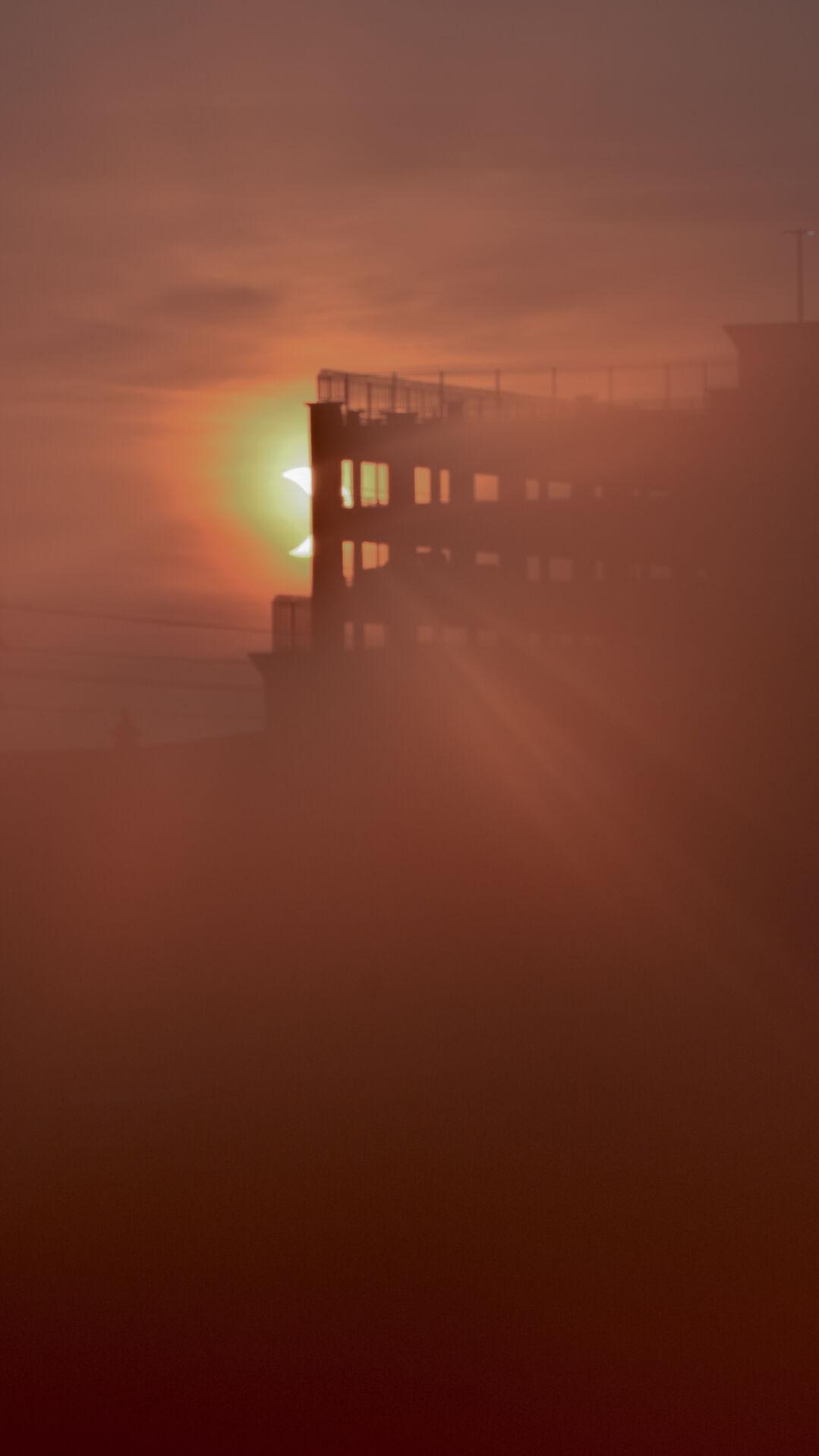 Solar Eclipse Sunrise Lancaster 06.10.21 Ange Horst-2.jpg