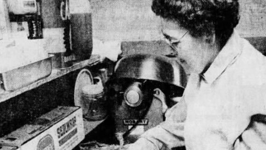 Elva Stauffer left her mark on Lancaster County with famous corn pie, apple dumplings [archives]