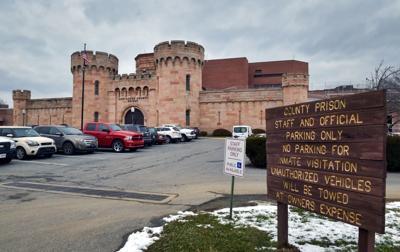 prison tour 25
