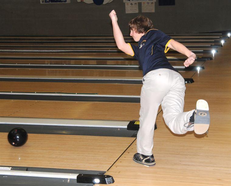 Penn Manor Bowling - Cody Simet