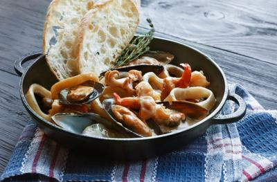 Seven Fishes Christmas.Feast Of The Seven Fishes Is Christmas Eve Tradition For
