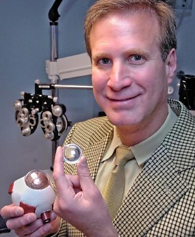 Vision of the future / Lancaster eye doctor offers state-of-the-art cataract treatment