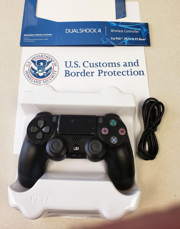 PS4 counterfeit controller