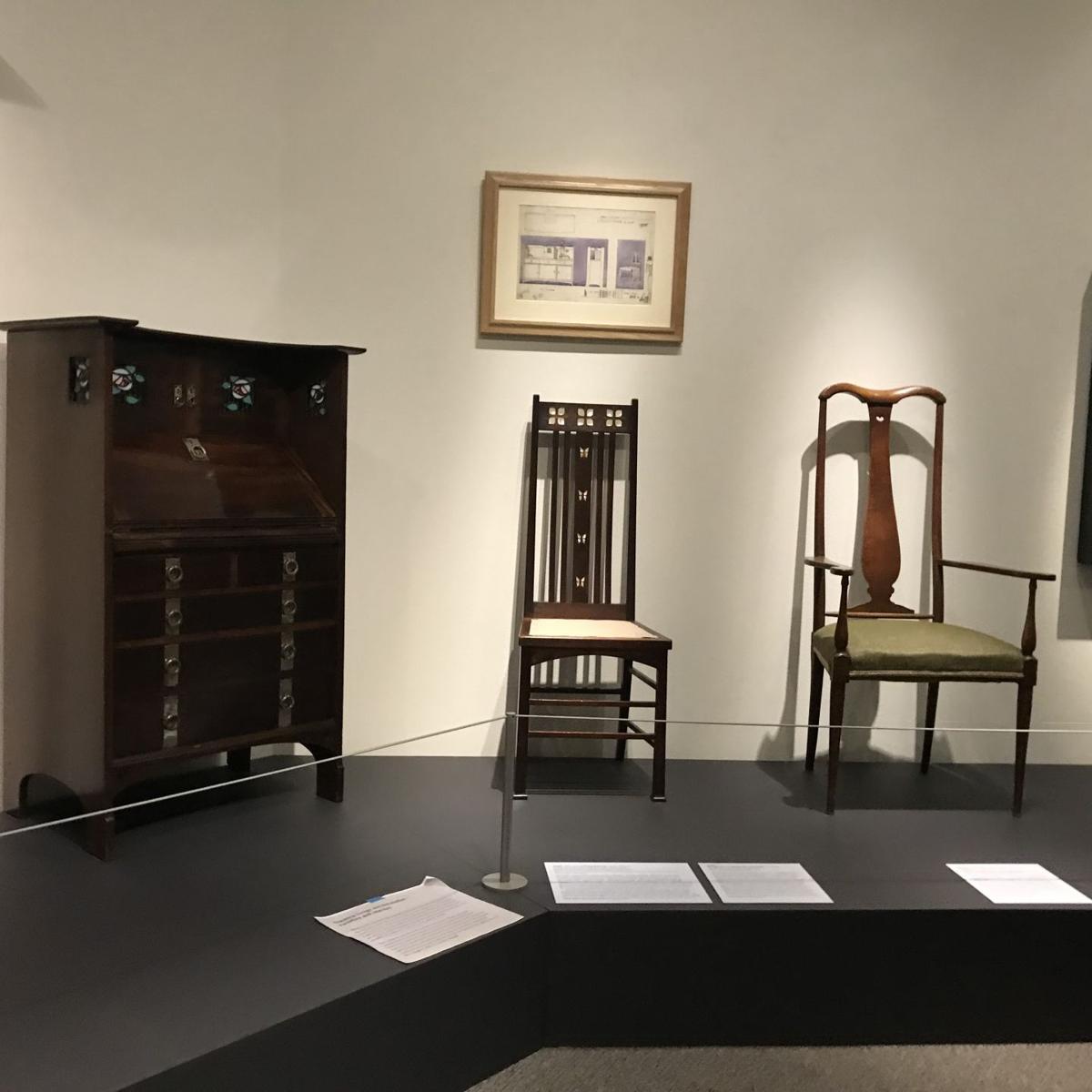 Walters Mackintosh O27 furniture.jpg
