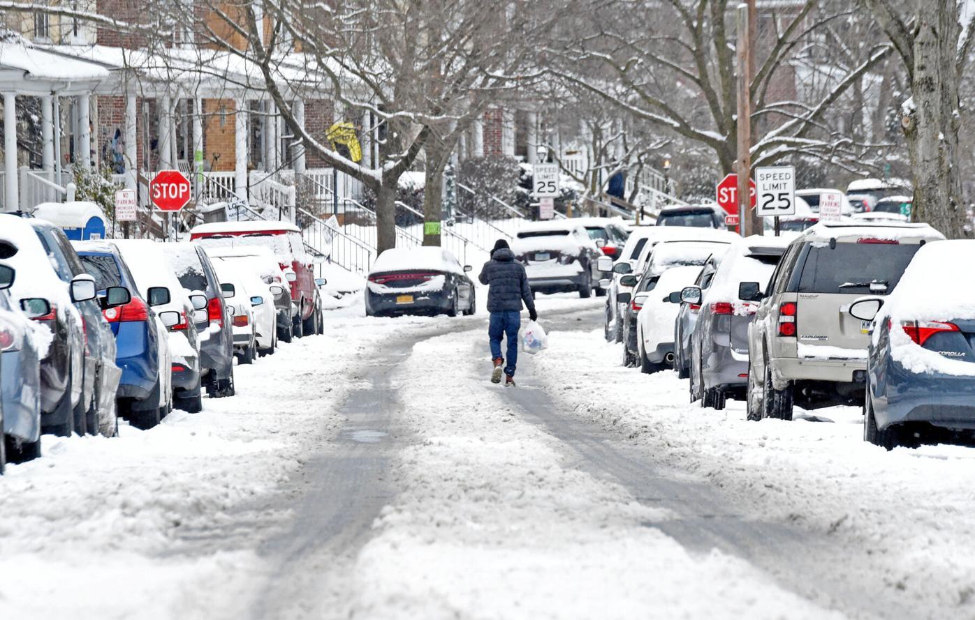 Snow Feb 1 2021