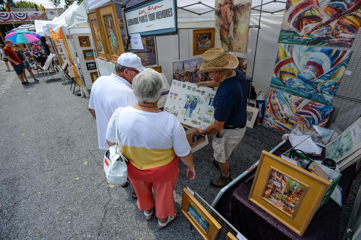 u25 lititz outdoor fine arts show.jpg