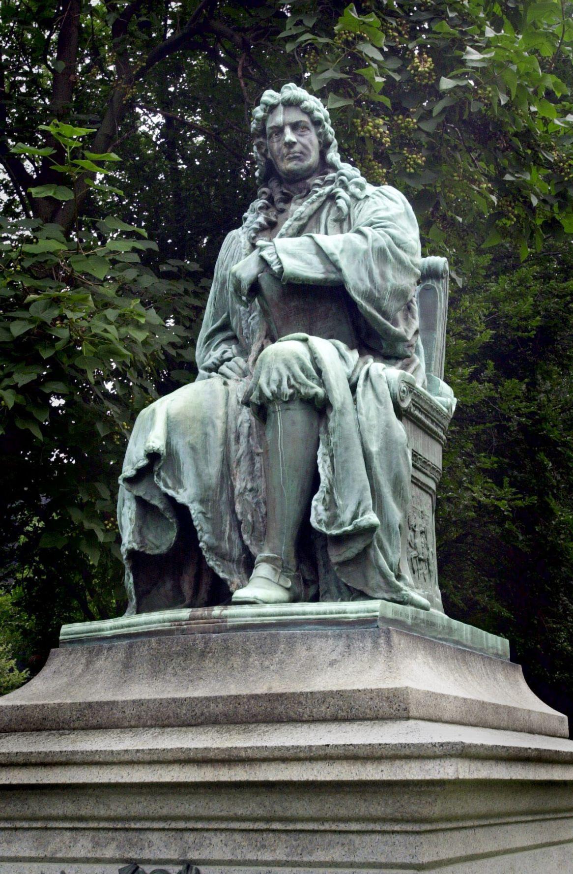 de Peyster statue.jpg