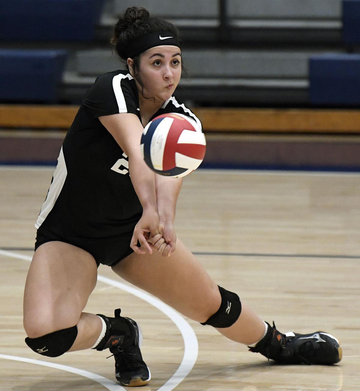 Hempfield vs Cumberland Valley-District 3 4A Girls Volleyball Semifinal