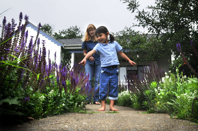 Lancaster Garden Walk: Stay On The Trail To Make The Woods (or Your Garden
