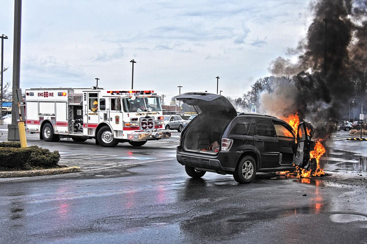 Officials Faulty Fuel Line Ignited Fire In Suv At Manor Shopping