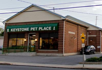 Mount Joy Pet Shop Owner Uses Legal Ad To Warn Protesters Away From His Store Local News Lancasteronline Com