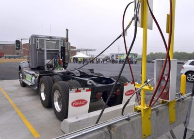 natural gas fueling 2