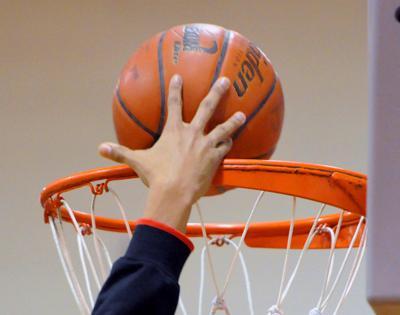 L-L LEAGUE BOYS' BASKETBALL PLAYOFFS: Catholic gets defensive boost