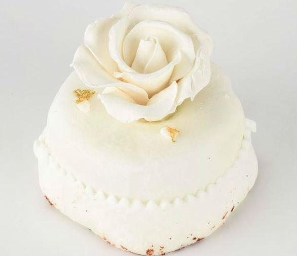 Trump wedding cake