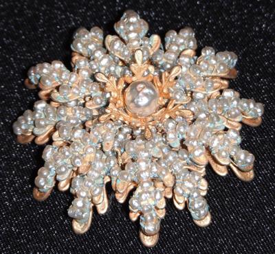 miriam haskell costume jewelry pin