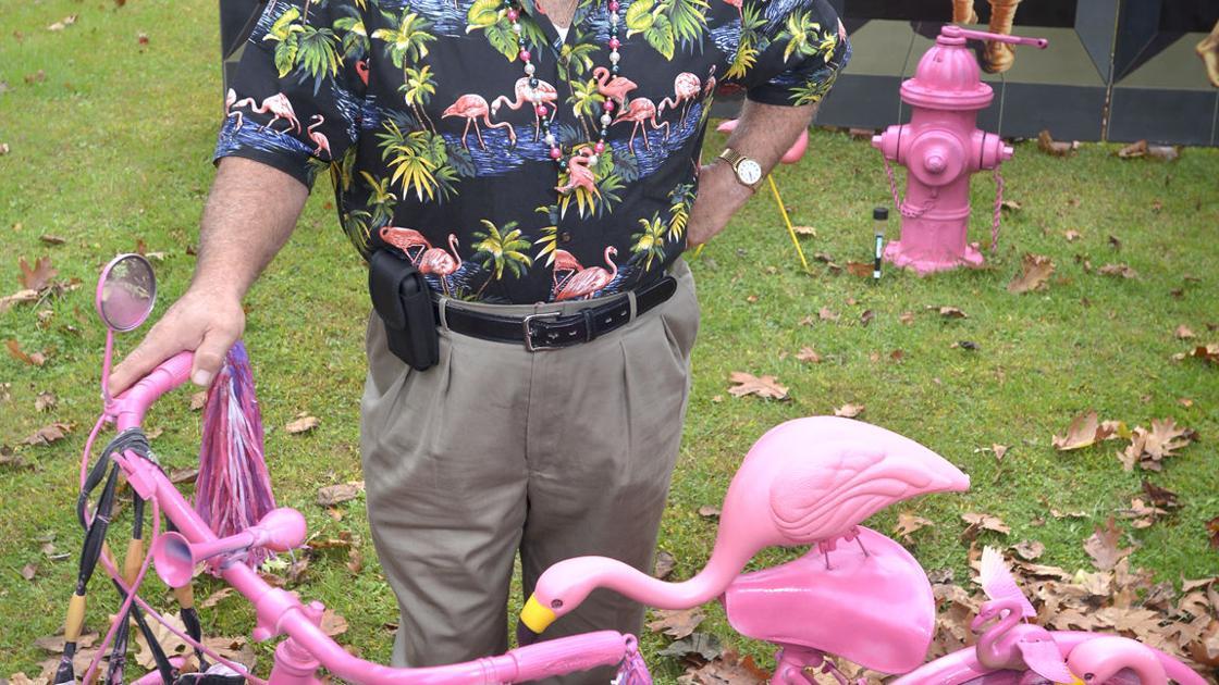 Manheim Twp. man says his yard display featuring nude
