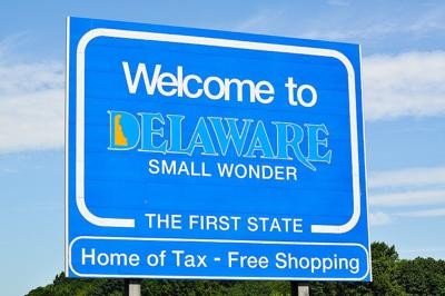 Delaware welcome sign